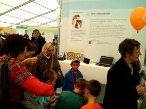 evolaris präsentiert Datenbrillen-Technologien beim Wiener Forschungsfest 2013